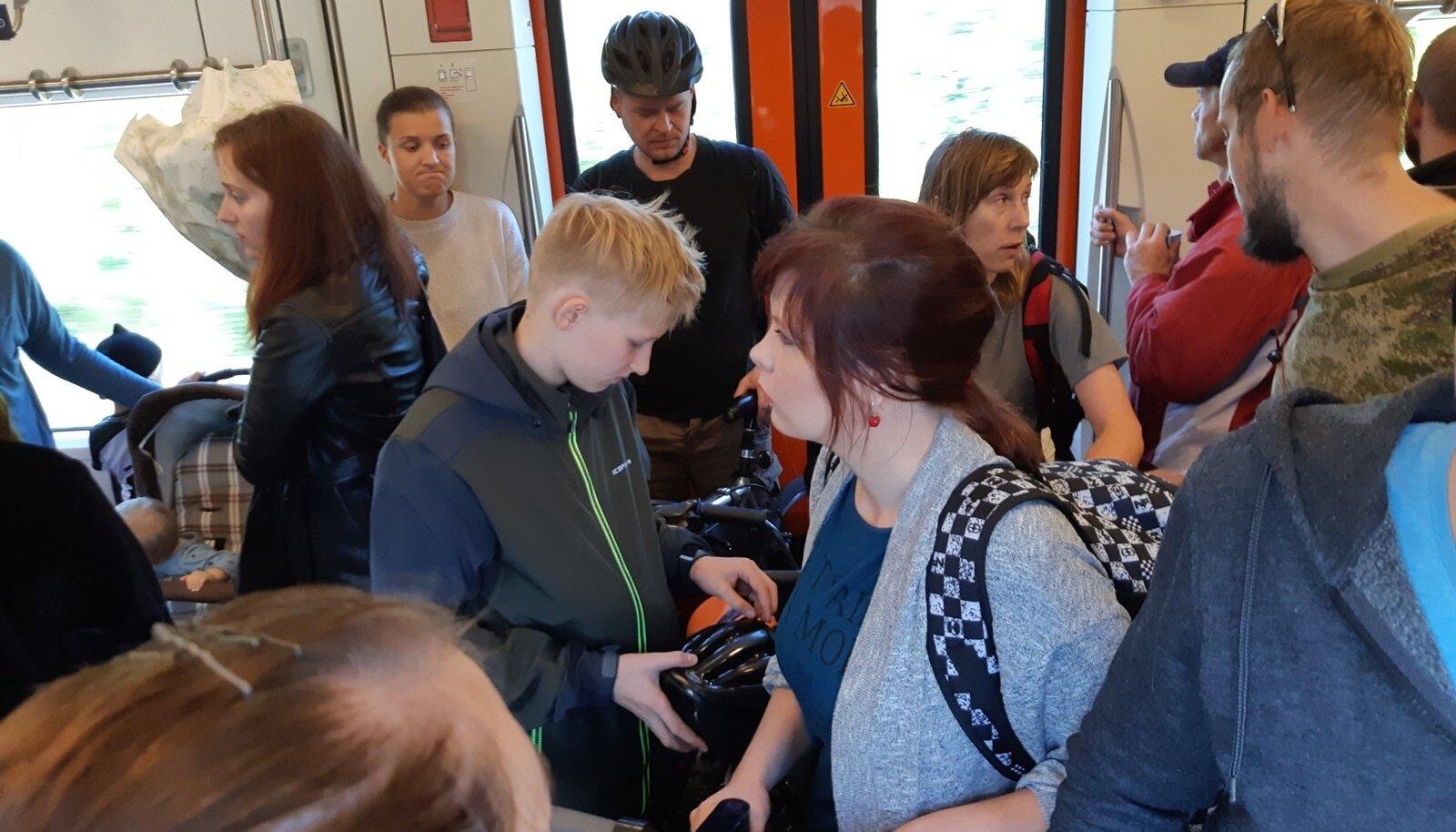 Jalgrattauputus Tallinna–Viljandi rongis