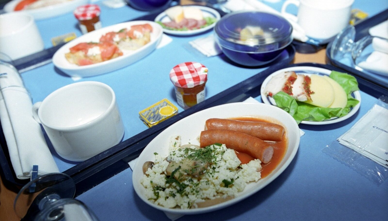 Kunagine Estonian Airi menüü.