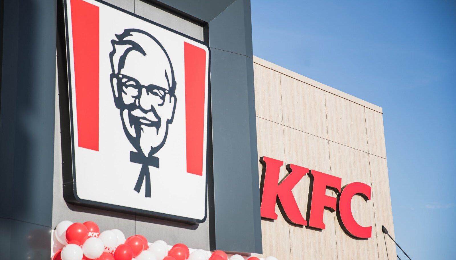 KFC avamine Tartus Lõunakeskuse juures