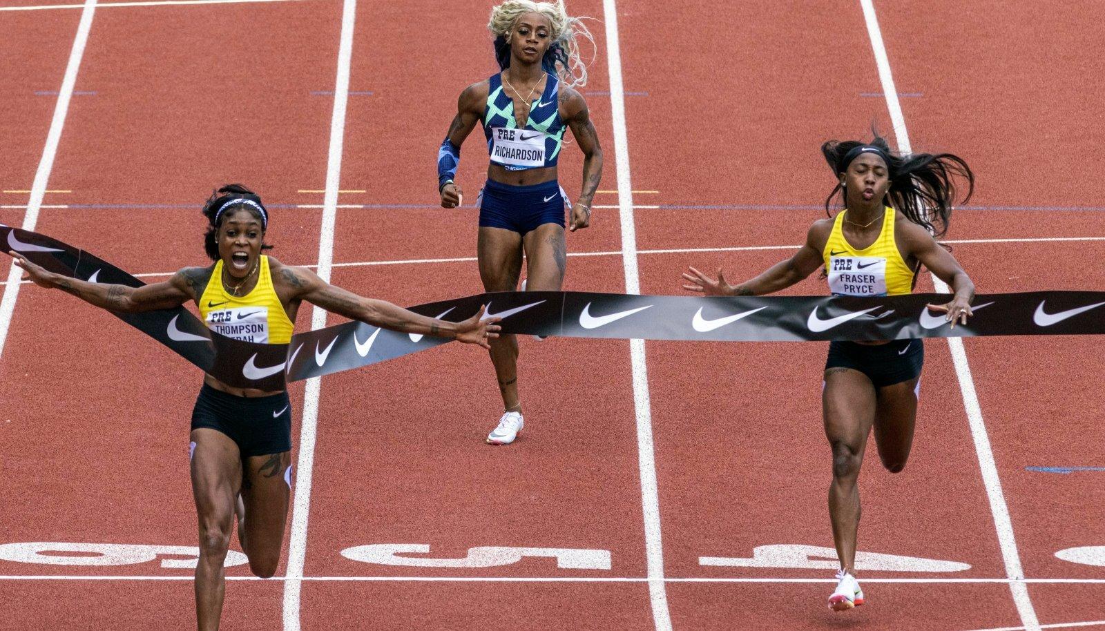 Sha'Carri Richardson (keskel) kaotas jamaikalastele kalendri jagu.