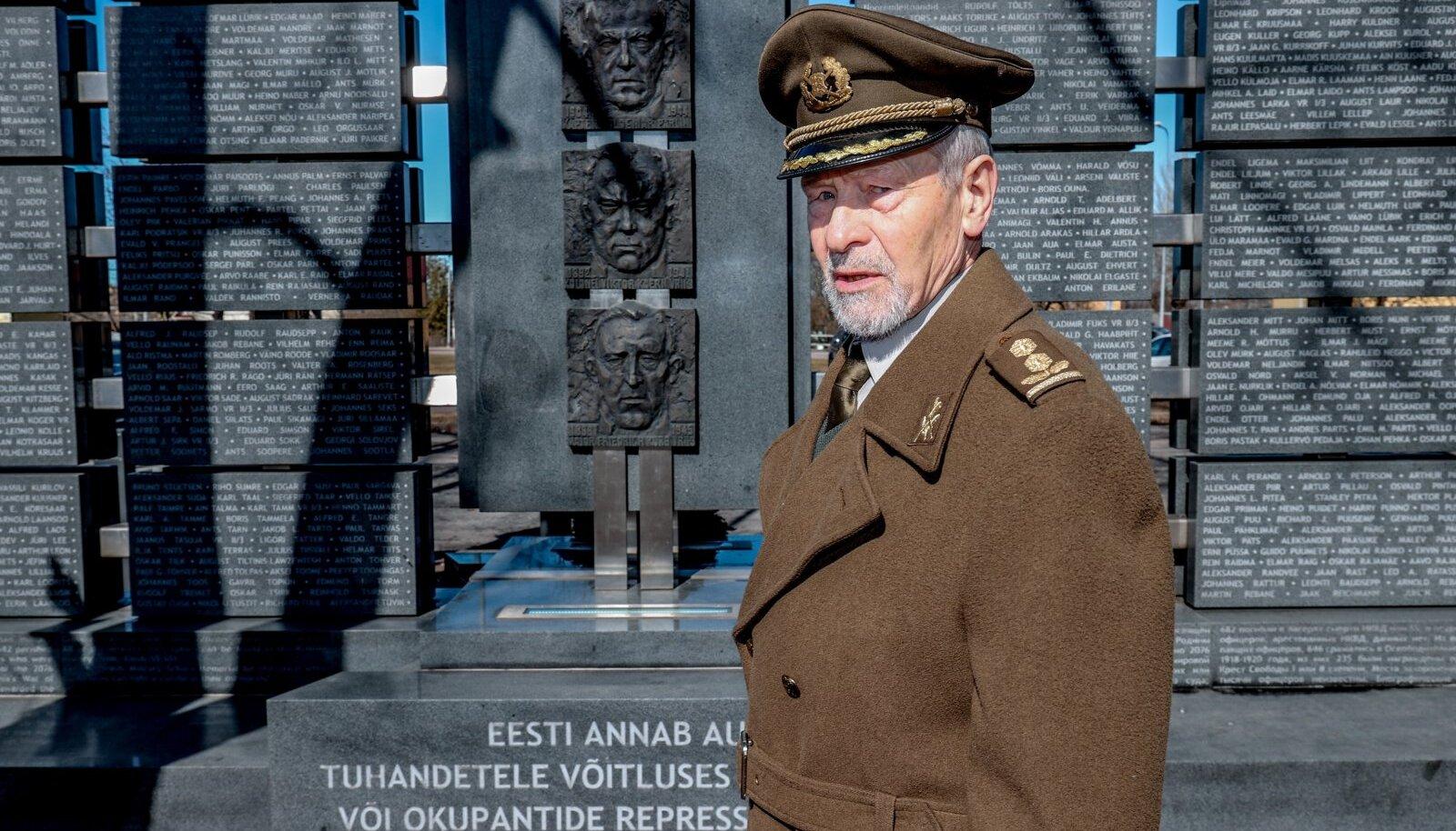 Erukolonelleitnant Jaak Haud avastas Venemaa seadustest sätte, mis tema arvates peaks president Konstantin Pätsi ametiketi varsti kodumaale tagasi tooma.