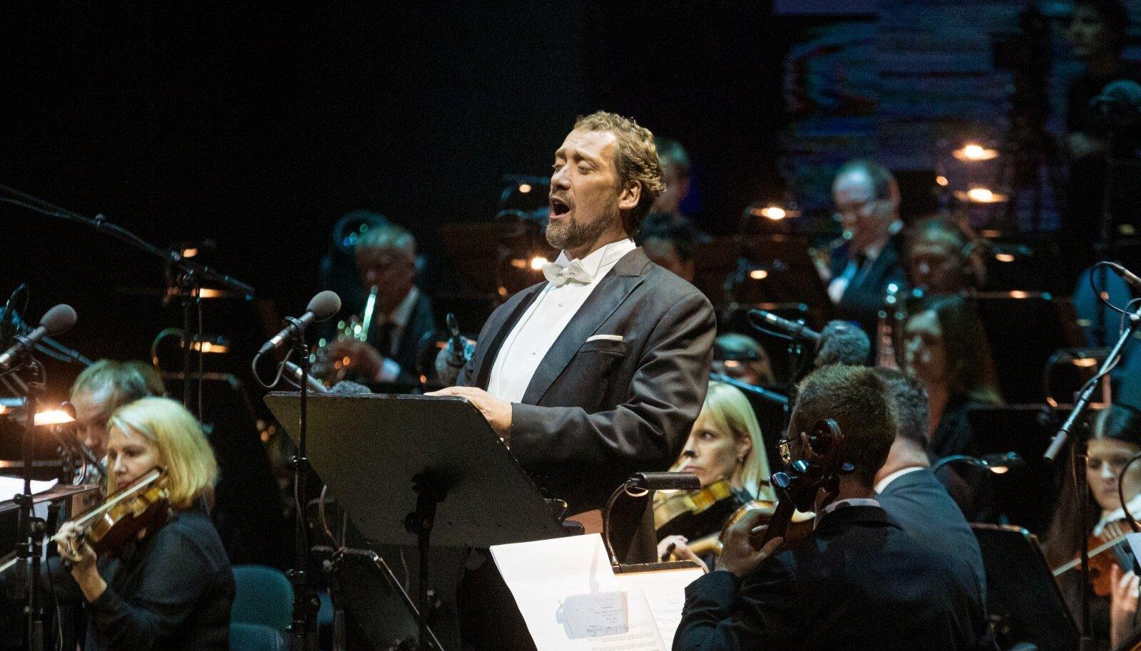 """Ain Angeri esitatud Filippo aaria Verdi """"Don Carlost"""" näitas, et 50 aastat on bassi jaoks suurepärane iga."""