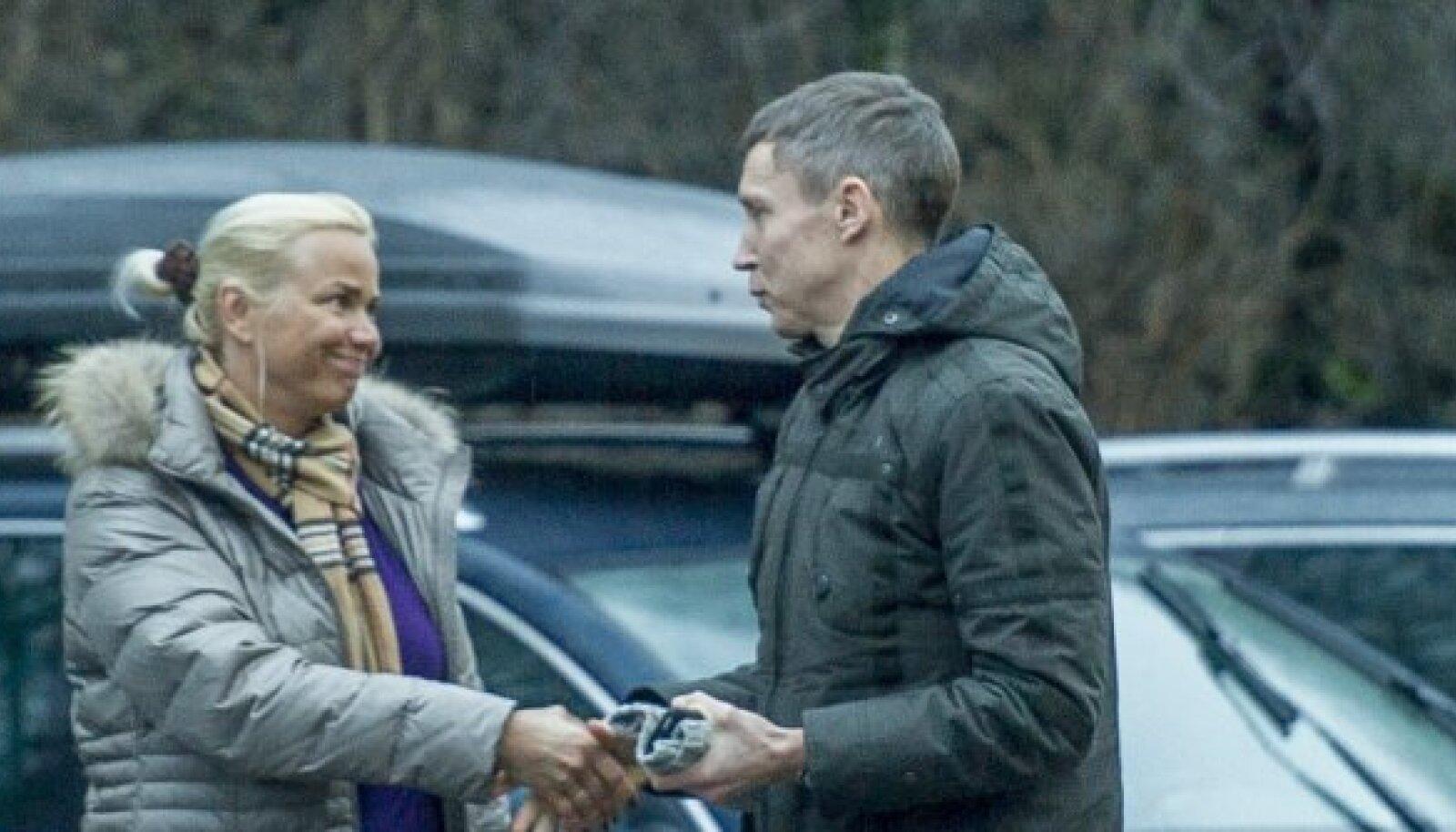 Raul Olle ei oska Kärt Anveltile öelda, miks ta tegi Vitali Bernatskile ülekande. Samal ajal ta kinnitab, et dopinguaineid ostnud pole.