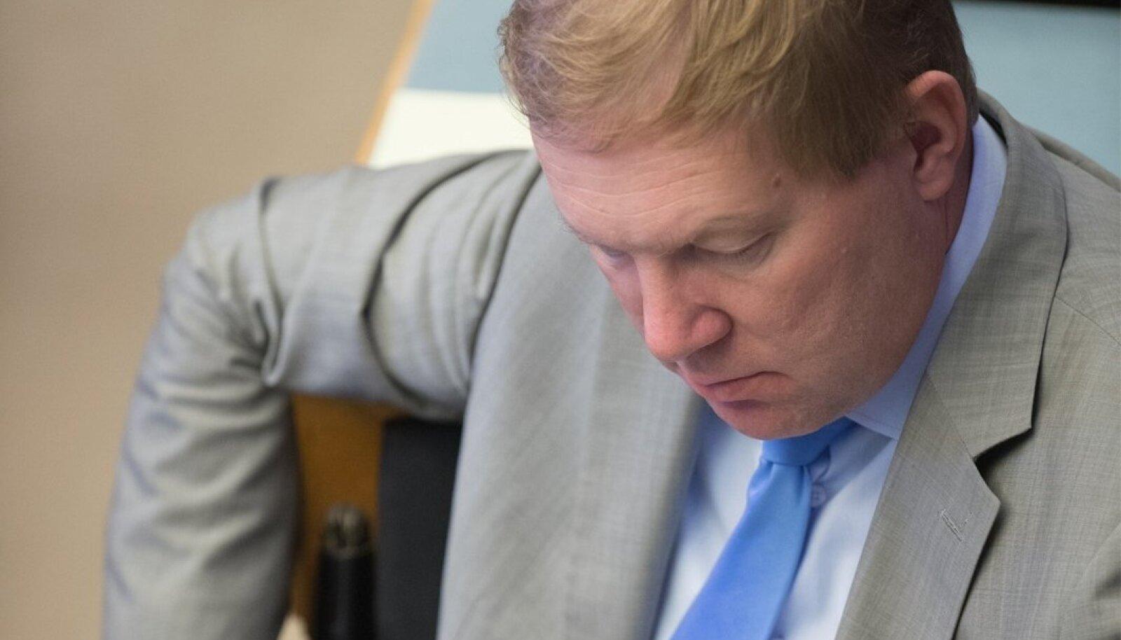 Frustreerunud riigikogu liikmed Riigikogu erakorralisel istungjärgul, marko mihkelson