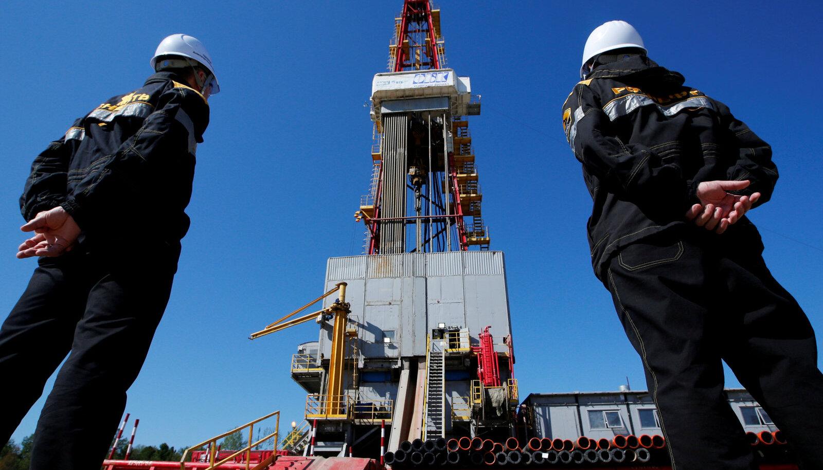 Naftapuurtorn Prirazlomnoje naftaväljal Siberis.