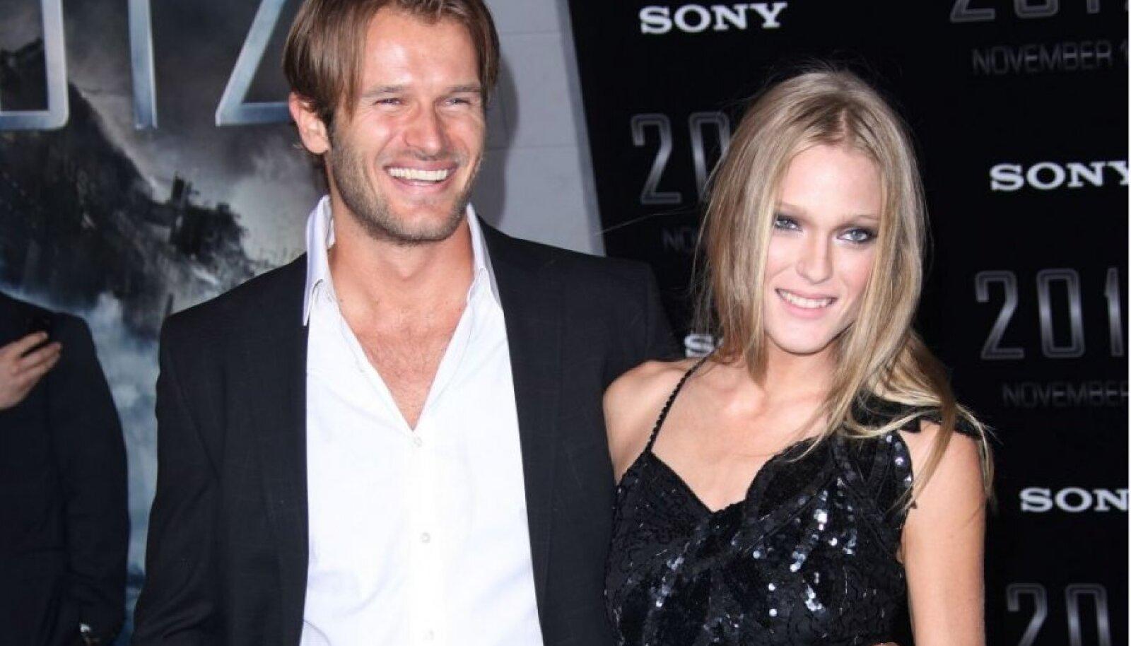 Johann Urb modellist abikaasa Erin Axtelliga