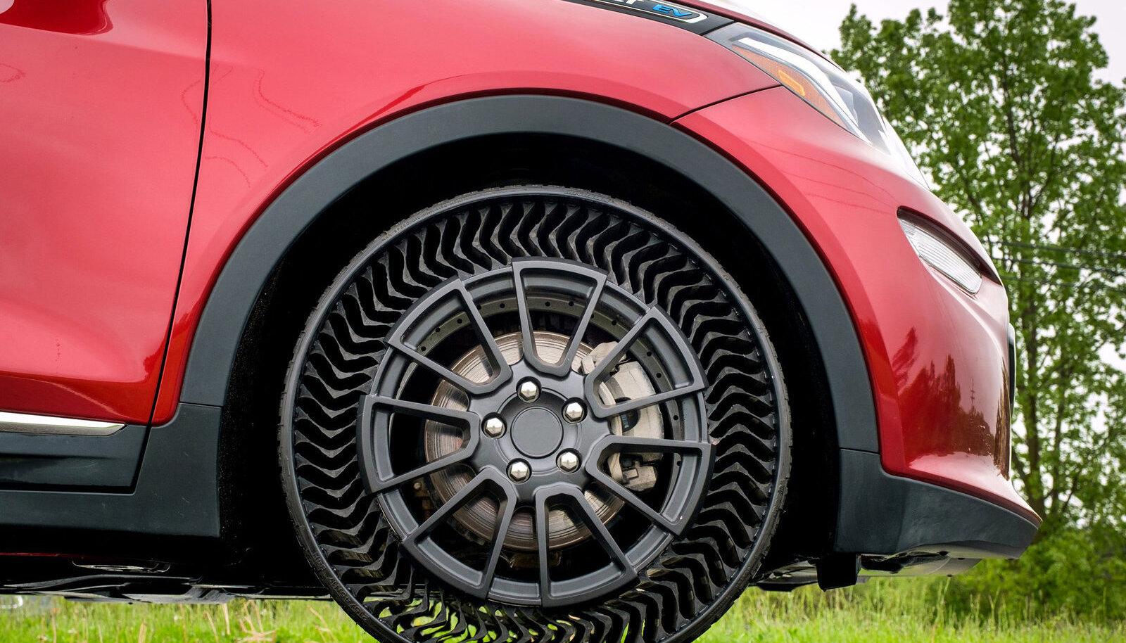 Selline näeb välja GM ja Michelini poolt esitletud ilma õhuta tulevikurehv
