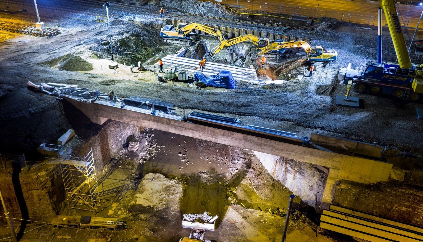 Lennujaama tunneli ehitus