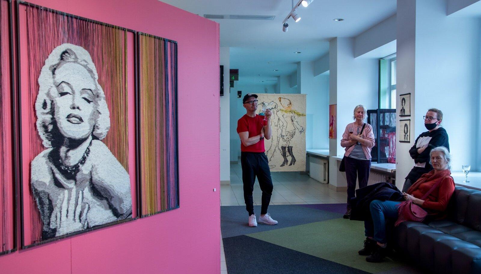 """Pallase tekstiiliosakonna näitus """"Tähendused"""""""