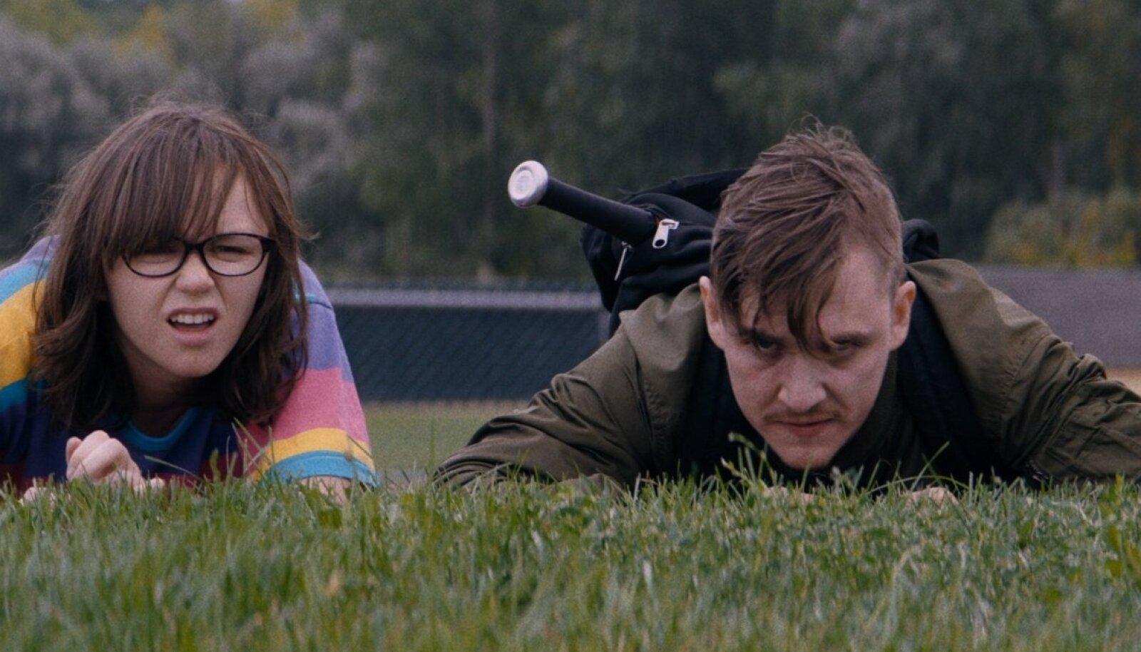 """ISEMOODI ARMASTUSLUGU: """"Õhtusöök Ameerikas"""" viib vaatajad Detroiti äärelinna, kus teineteisesse armuvad Simon (Kyle Gallner) ja Patty (Emily Skeggs)."""