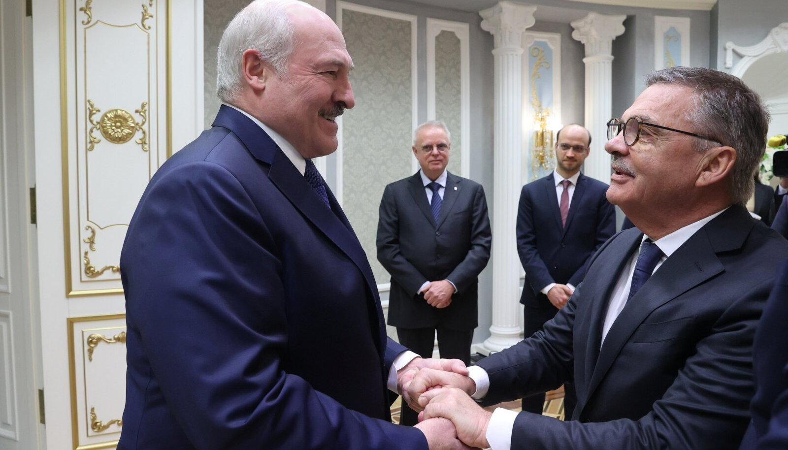 René Fasel ja Aleksandr Lukašenka eilsel kohtumisel.
