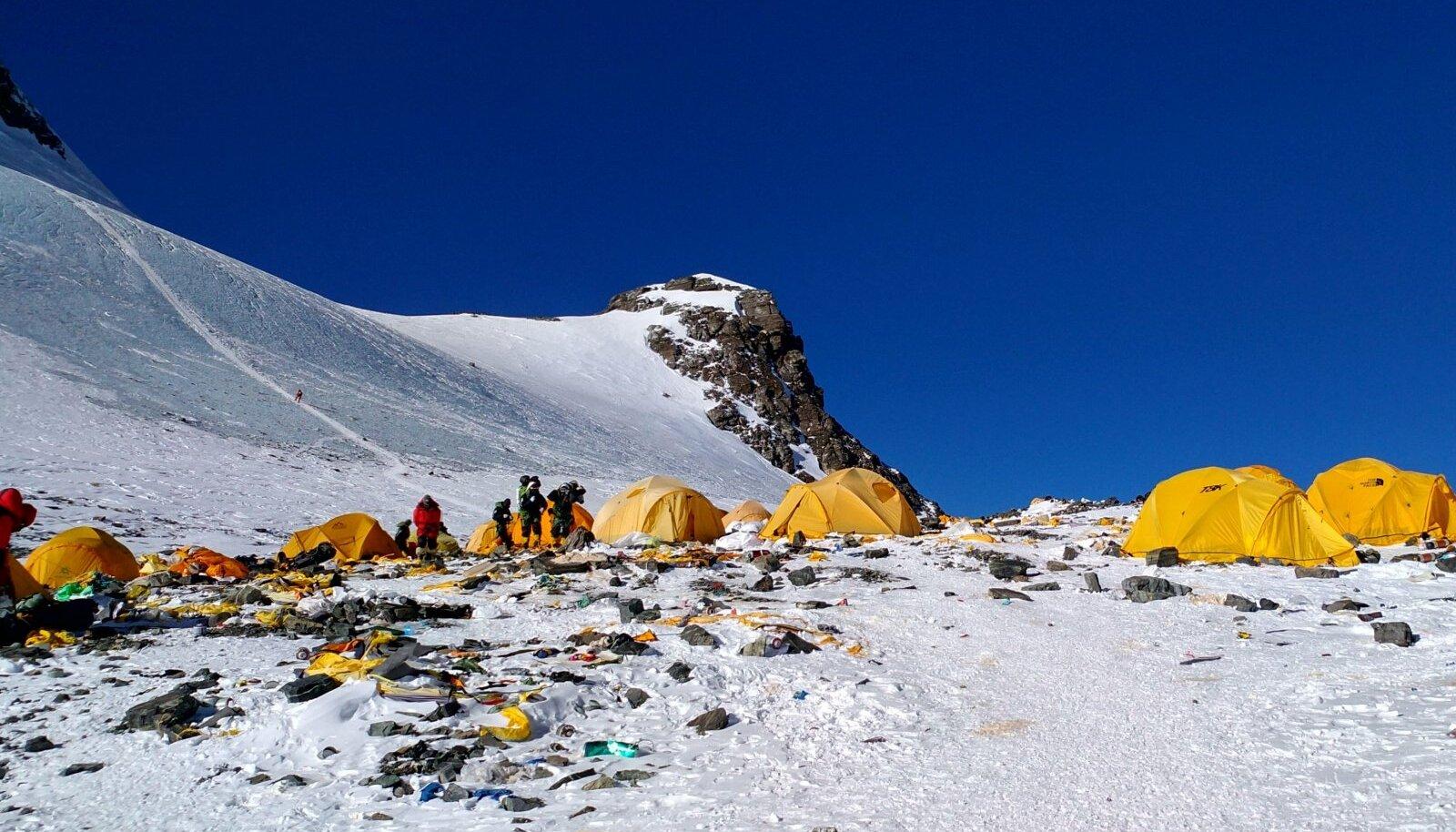 Prügi Mount Everestil