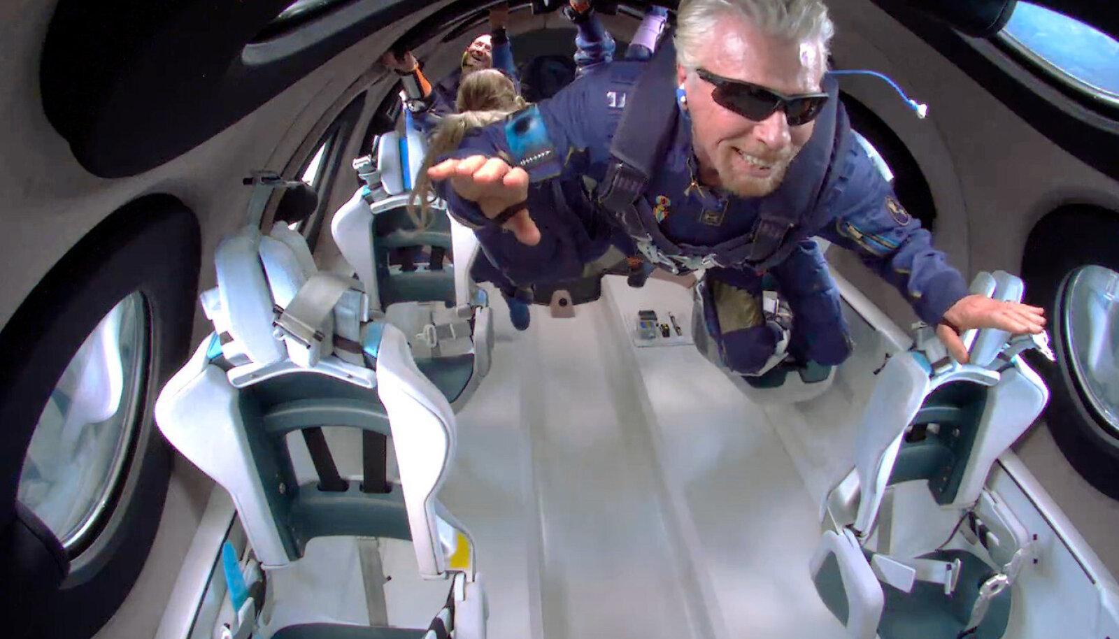 Richard Branson kosmoselennuki pardal