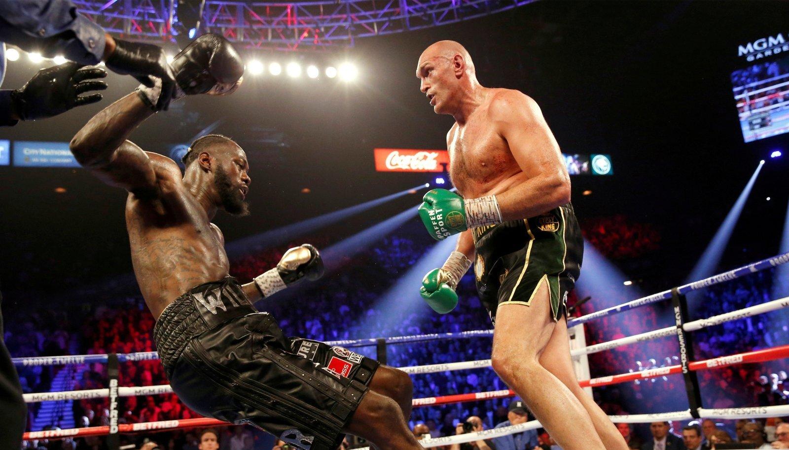 Tyson Fury (paremal) ja Deontay Wilder kohtuvad ka kolmandat korda.
