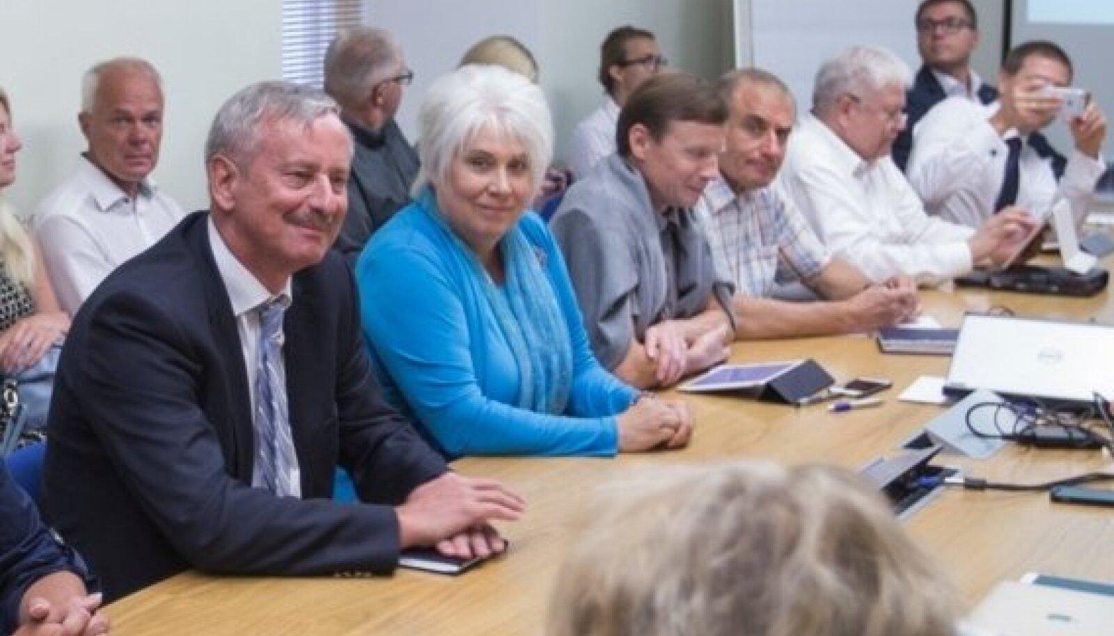 Siim Kallas ja Marina Kaljurand Reformierakonna eilsel juhatuse kogunemisel