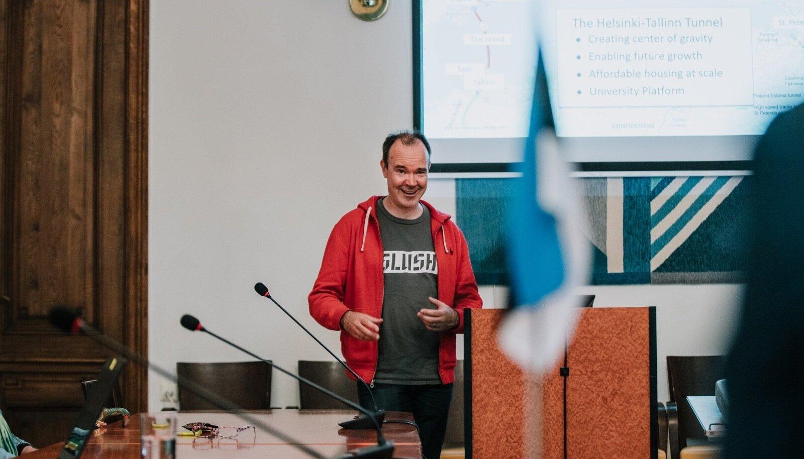 Tallinna-Helsingi tunneli rajamise toetusrühma koosolek Tallinna Linnavolikogus 17.06.2019. Arengutest kõneles Peter Vesrtebacka