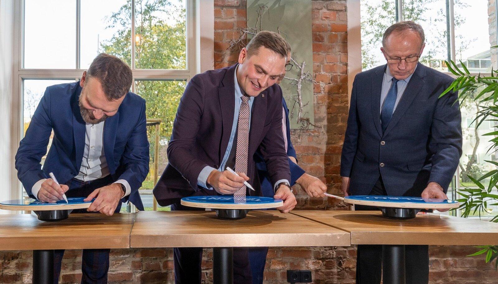 Tervisearendamise programmi memorandumi allkirjastamine.