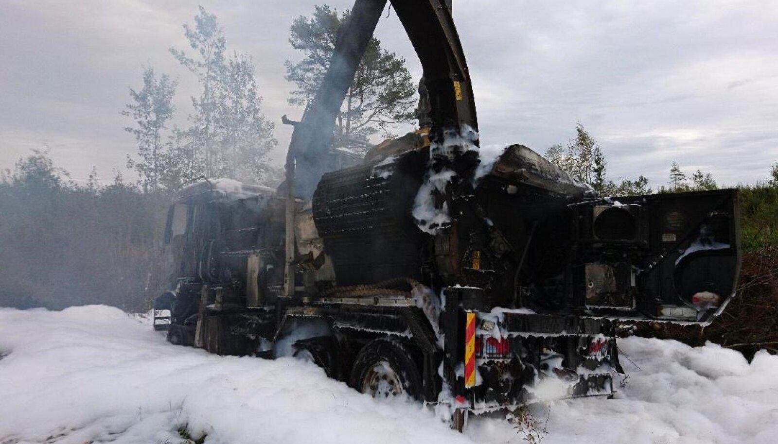 Tules hävinud puiduhakkur