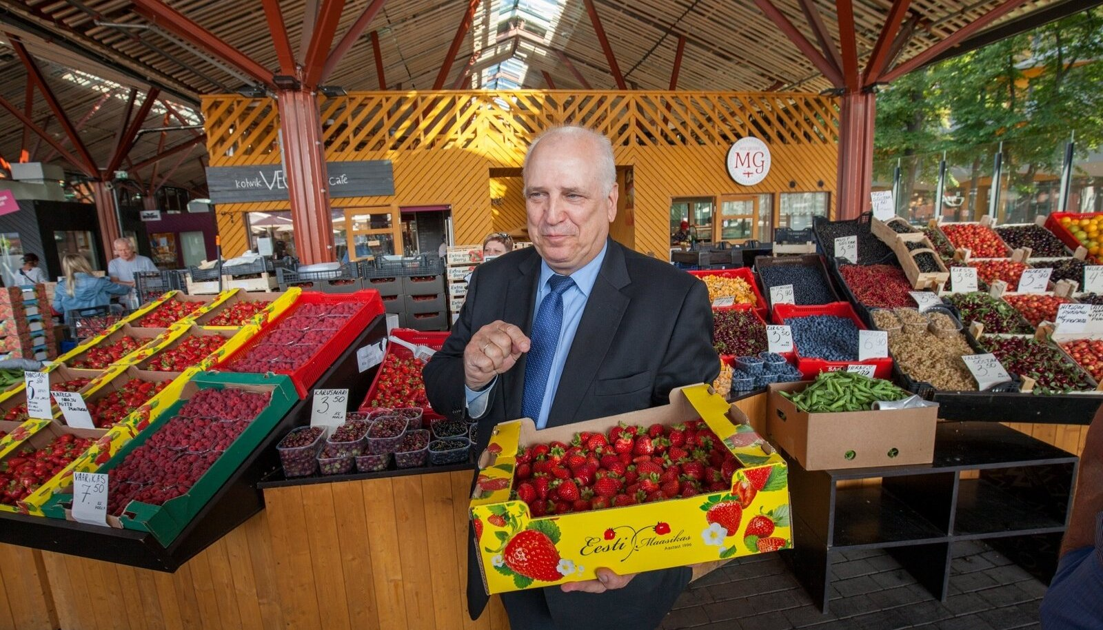 Mart Järvik väidab, et kuulis tulevast skandaalist kalatööstuses esmakordselt augustis maasikareidi ajal