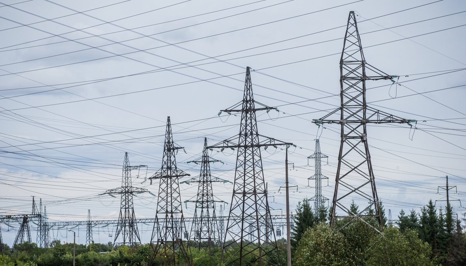 Peale kõrgema elektrihinna tuleb tulevikus tarbijal kinni maksta ka lisainvesteeringud salvestustehnoloogiasse ja võrkude arendamisse.