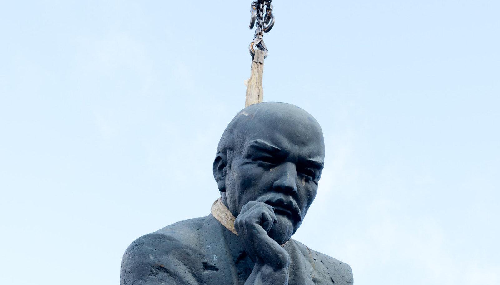 Õhus on Leninit.