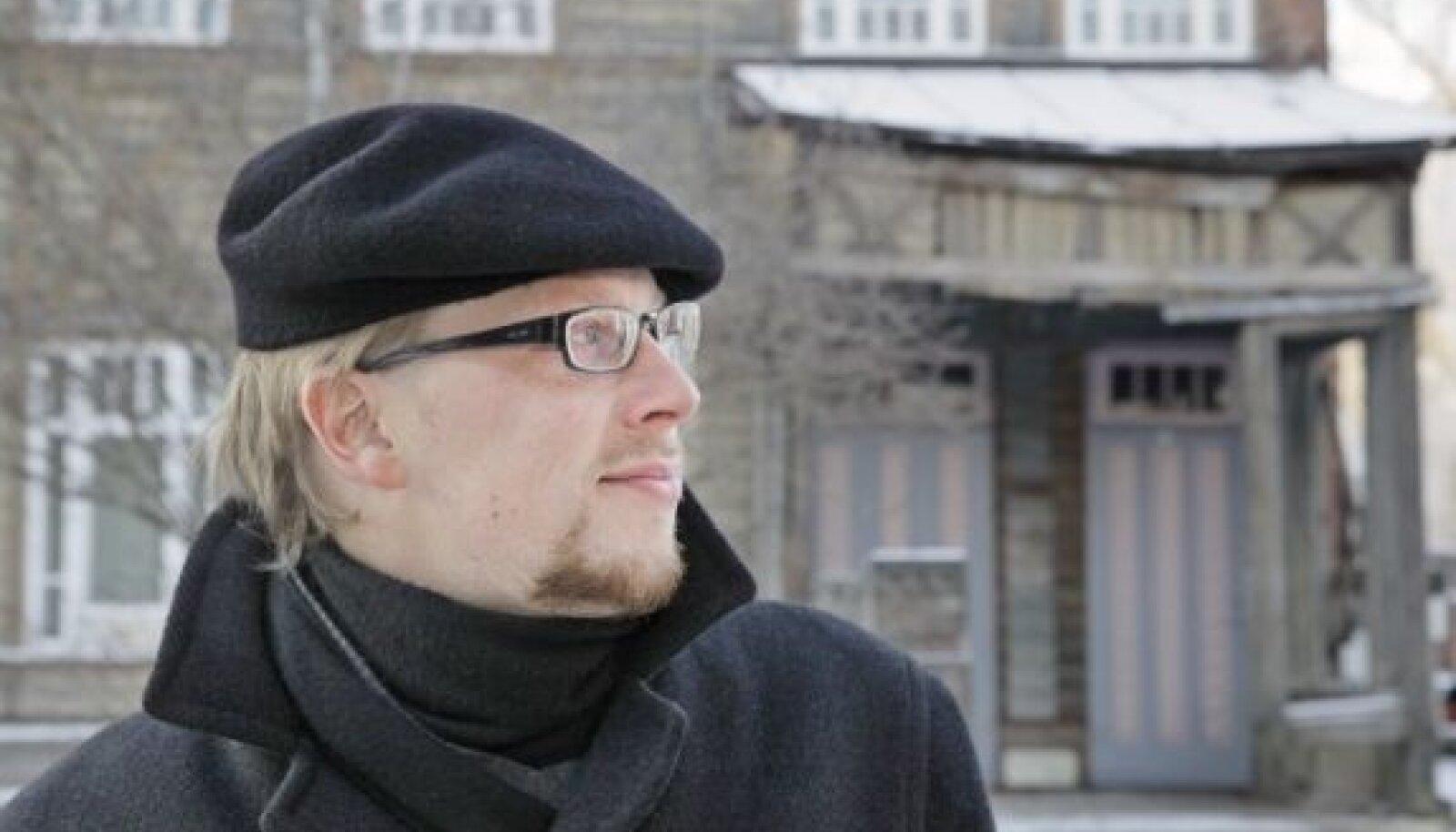 Mika Keränen tunneb end Tartu Supilinnas väga hästi, sest vanadest puitmajadest õhkub tema hinge kosutavat nostalgiahõngu.