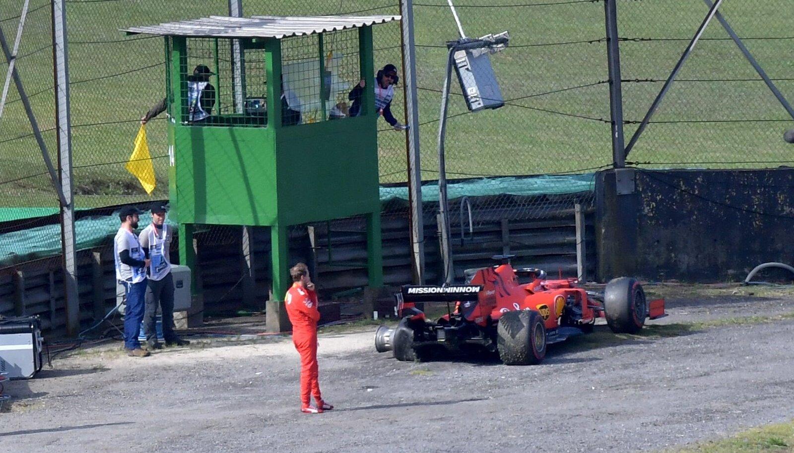Sebastian Vettel pärast Brasiilia GP-l katkestamist