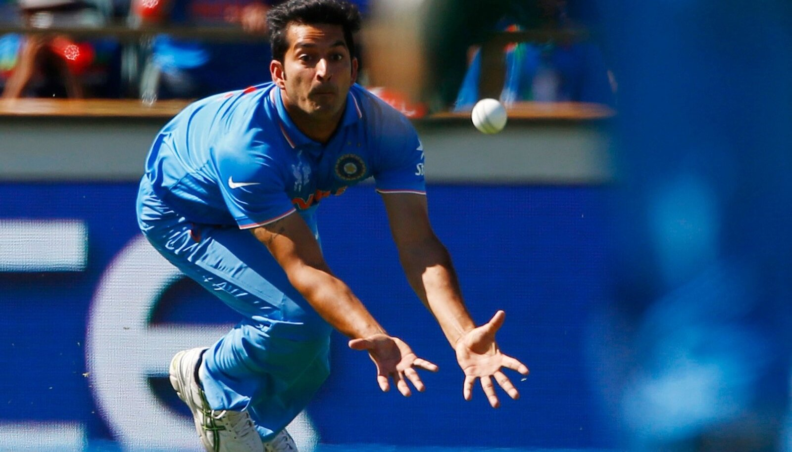 India kriketikoondise ja Mohit Sharma võidutee katkes 2015. aasta MM-il poolfinaalis, kui vannuti alla hilisemale tšempionile Austraaliale.