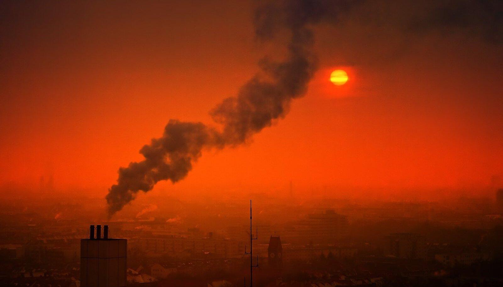 Õhusaaste ja sudu (Foto: Pixabay / jplenio)