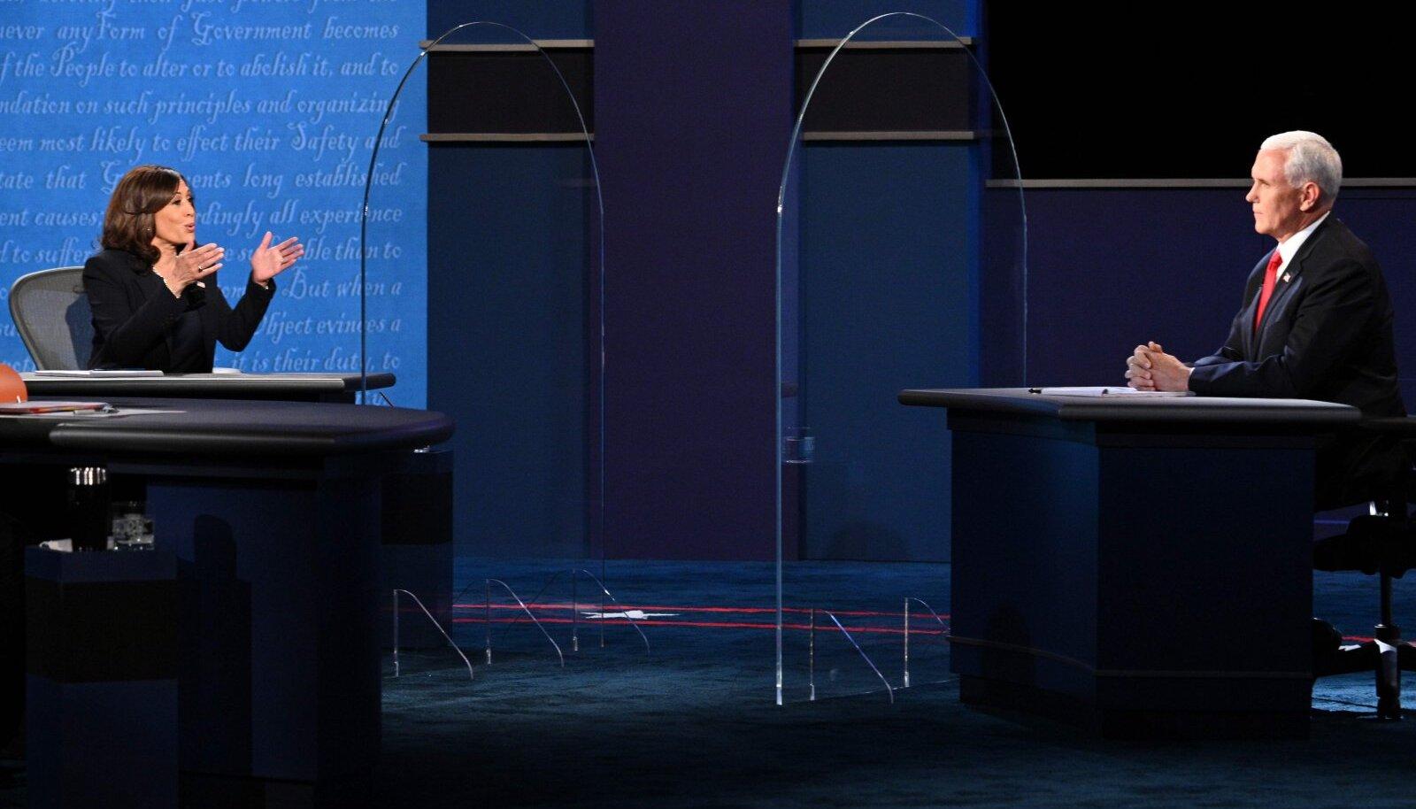 Kamala Harris ja Mike Pence tänasel debatil.