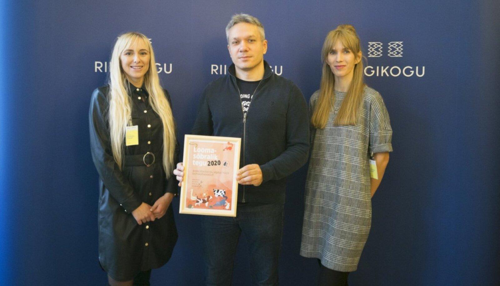 Andrei Korobeinik auhinna üleandmisel