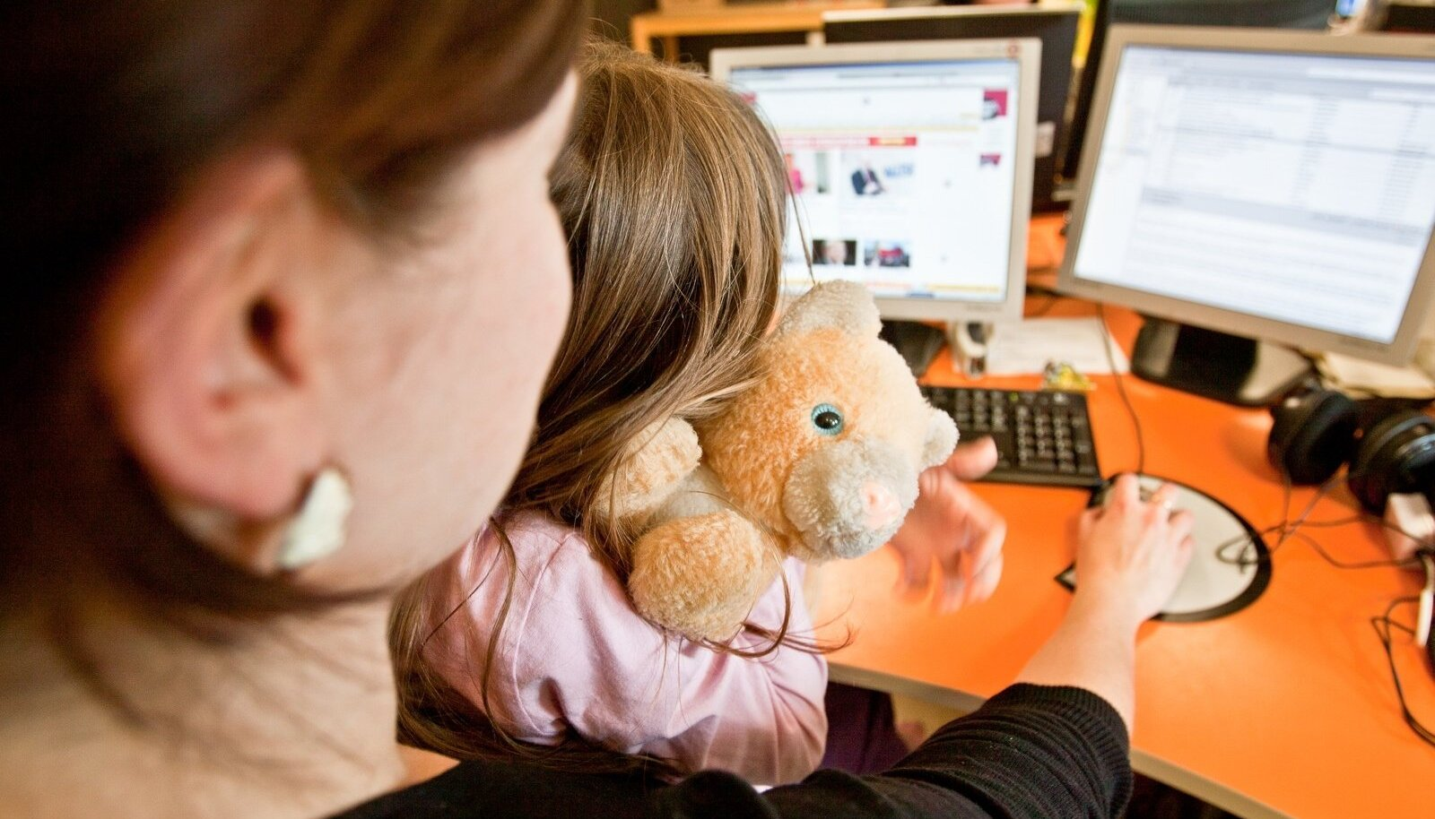 Palgates osaajaga tööle väikese lapse vanema, ei pea tema töötasult kohustuslikku sotsiaalmaksu miinimumi tasuma.
