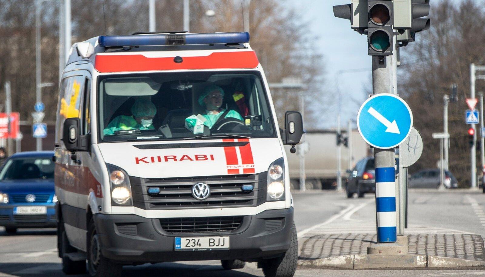 Kiirabiauto teel haiglasse (pilt on illustratiivne).