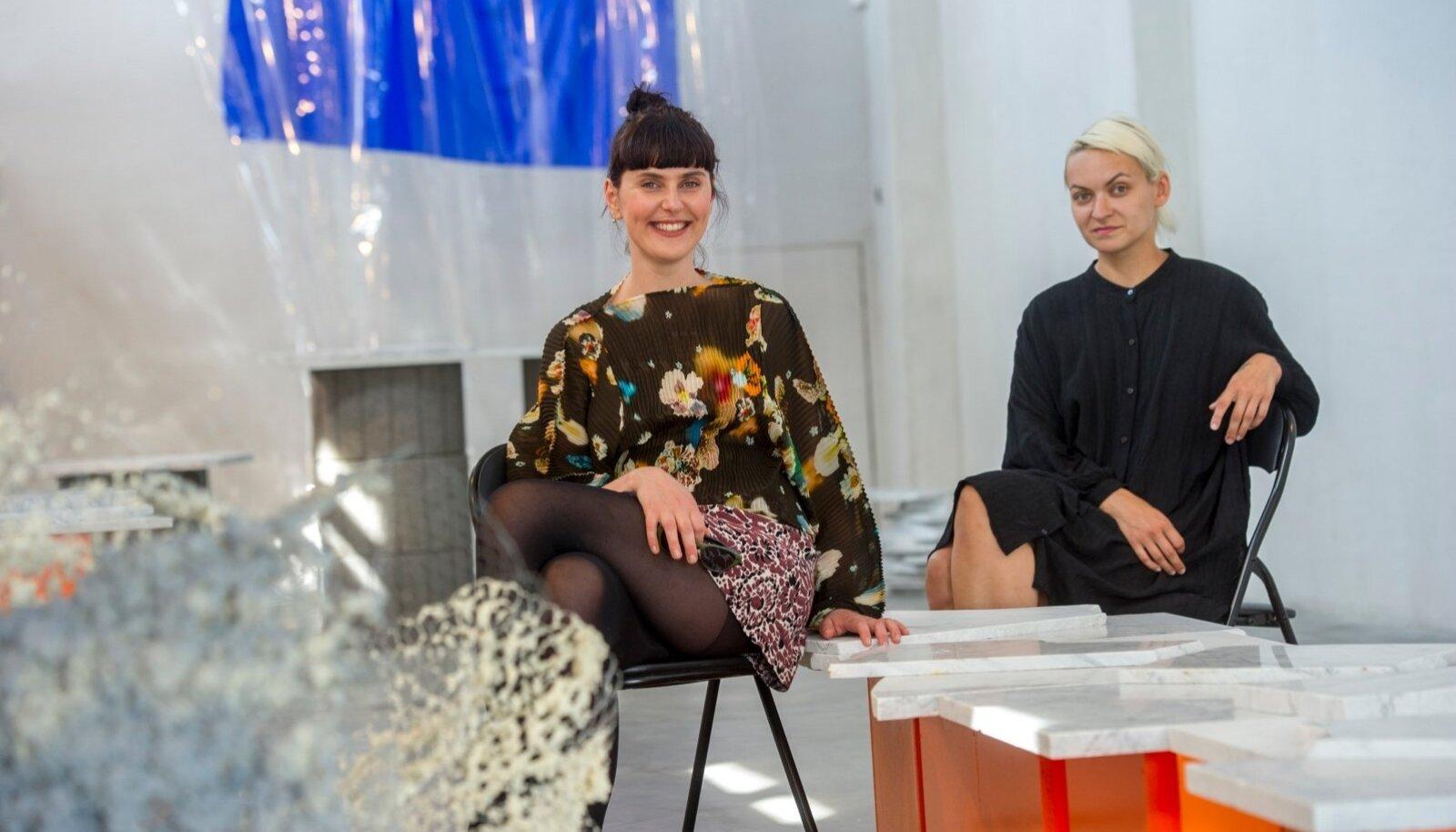 BAKERMANID GALERIIS: (vasakult) Maria Ader ja Helis Heiter.