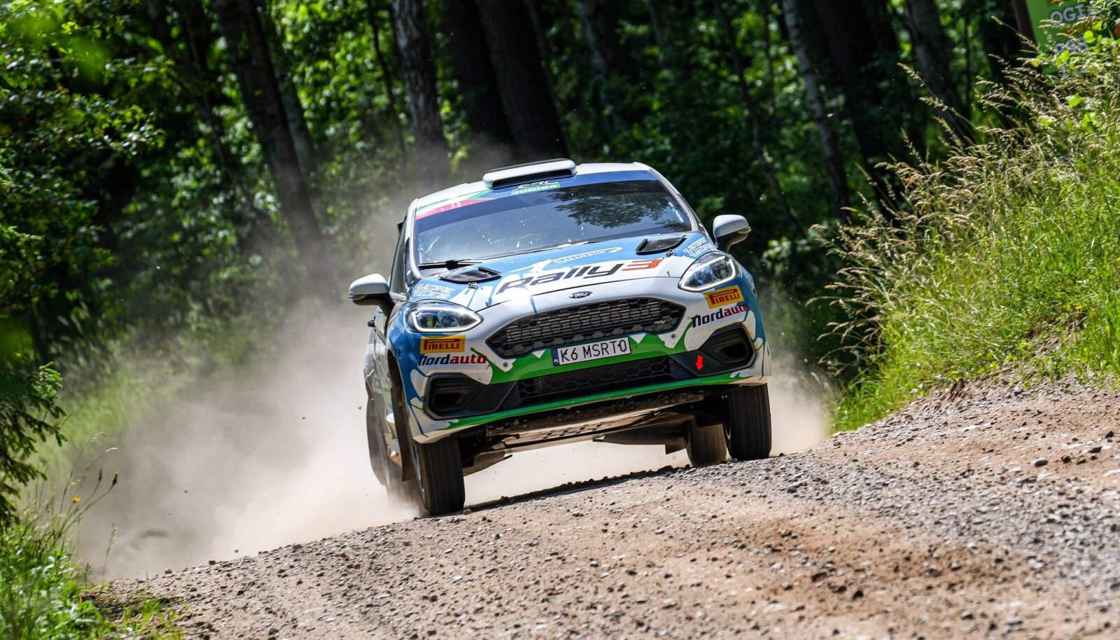 Ken Torn uut Rally3 klassi Ford Fiestat testimas.