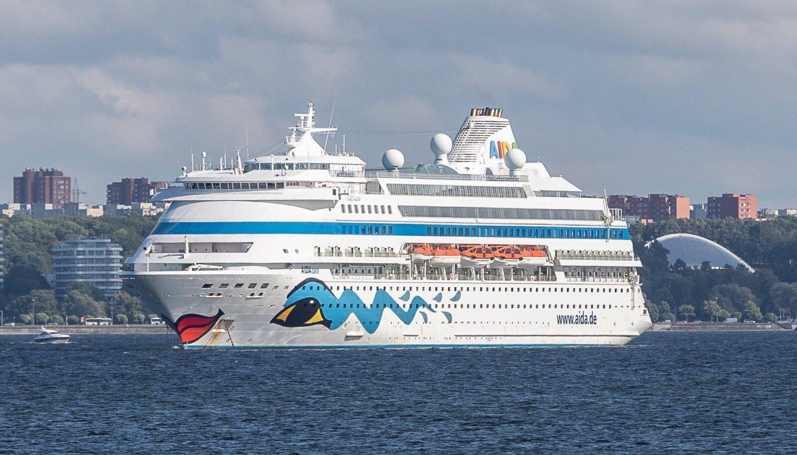 Aida kruiisilaevad Tallinna lahel 3.08.2020