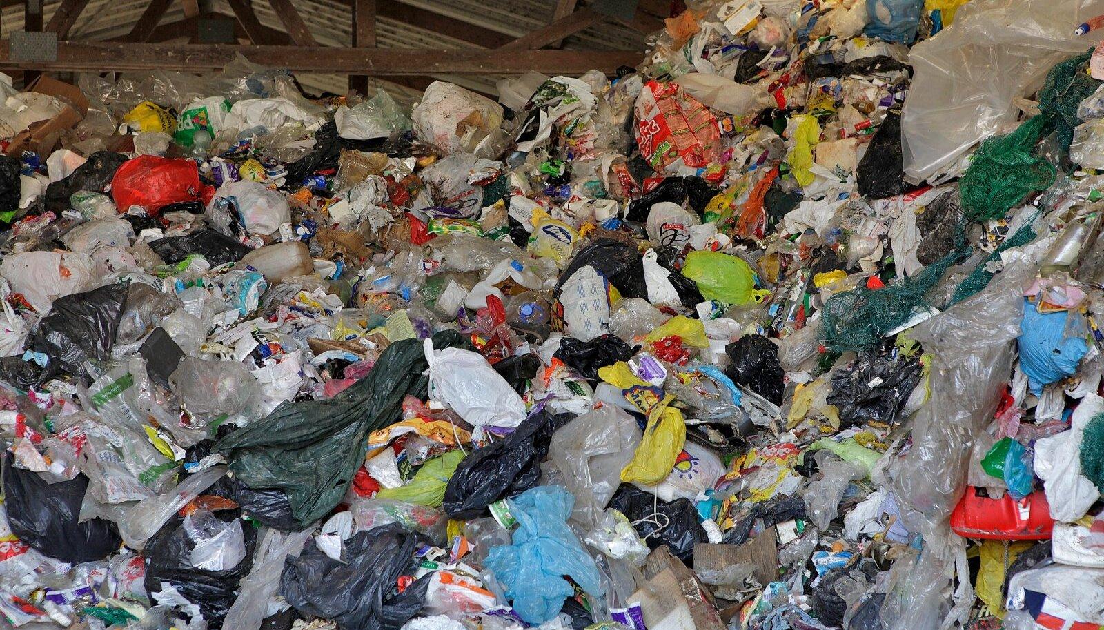 Kui 2018. aastal oleks kehtinud plastimaks, oleks Eesti pidanud Euroopa Liidule tasuma töötlemata plastpakendi eest ligi 25 miljonit eurot.