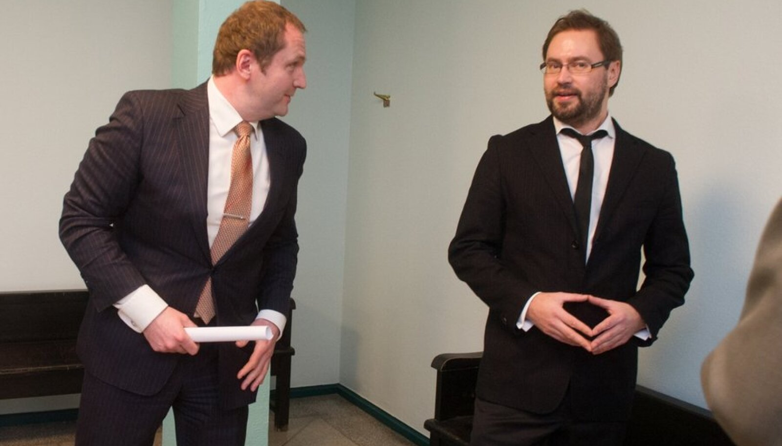 Anders Tsahkna ja prokurör Steven-Hristo Evestus kohtus