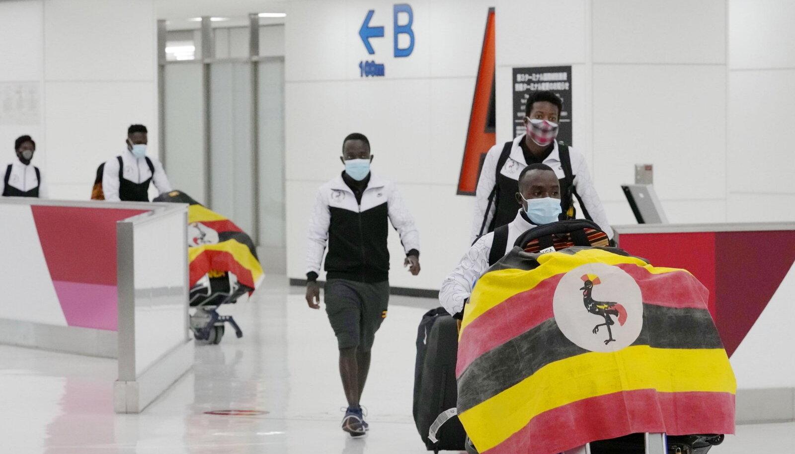 Uganda koondis Narita lennujaamas.