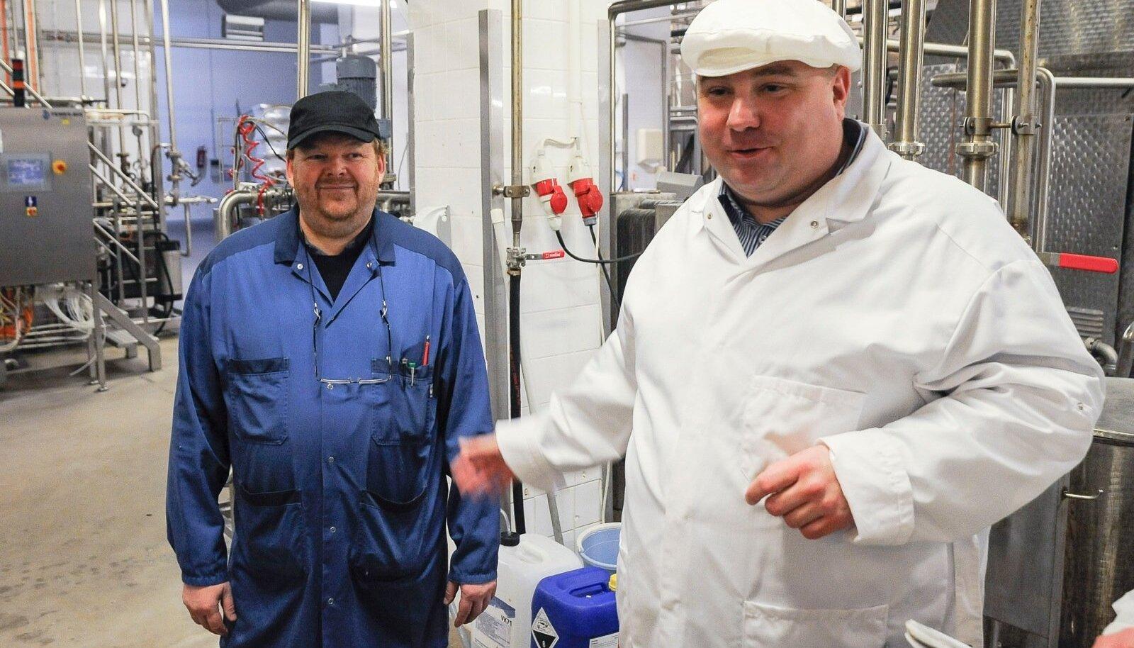 Farmi Piimatööstuse uue pakendiliini avamine. Pildid paremal ettevõtte juht Valdis Noppel.