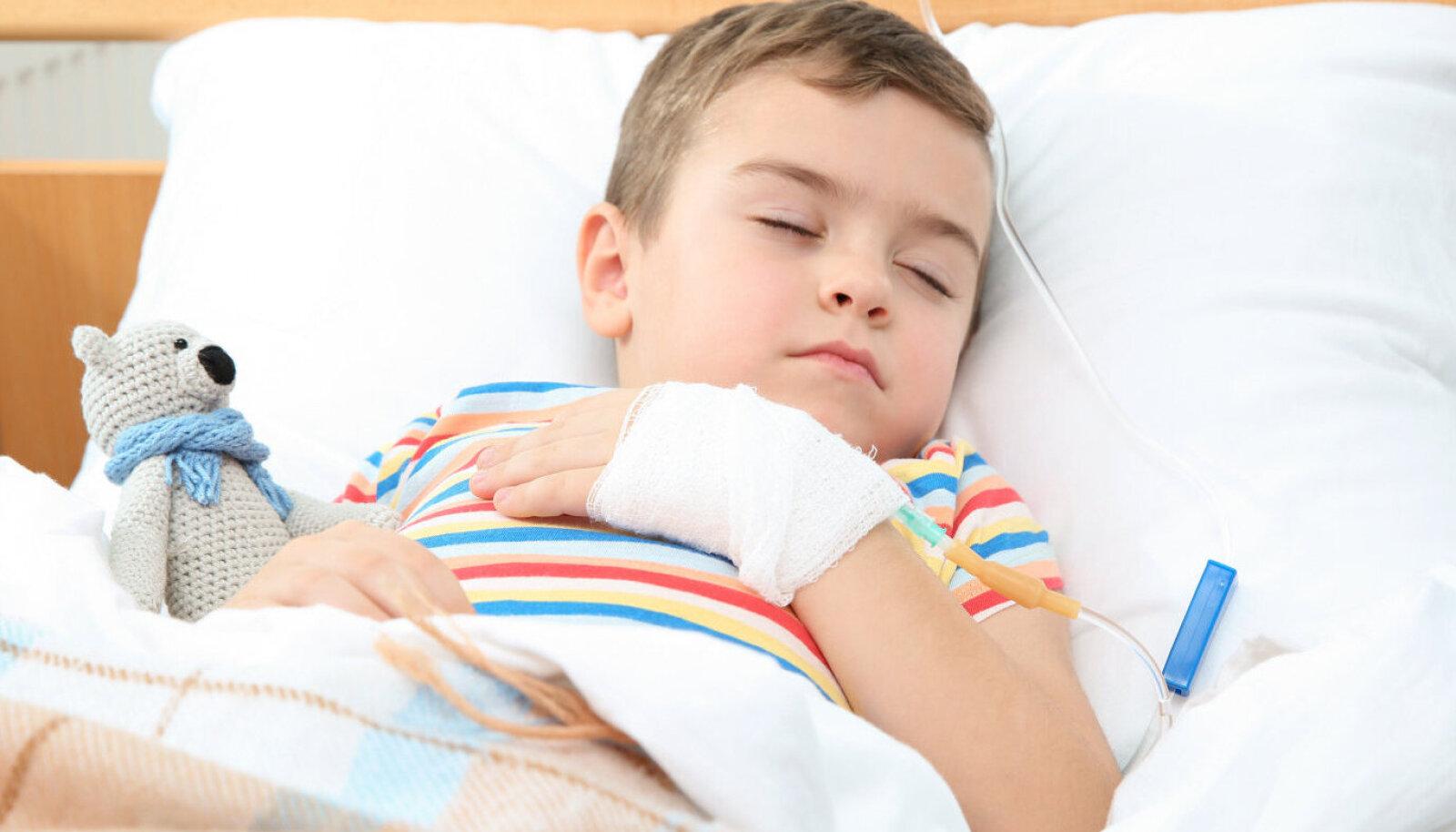 К сожалению, осложнения после коронавируса могут коснуться детей, которые легко перенесли само заболевание