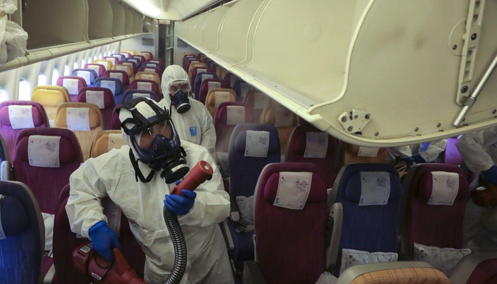 Diplomaatilised läbirääkimised nõuavad rohket reisimist, mis on praeguse haiguspuhangu ajal keeruline.