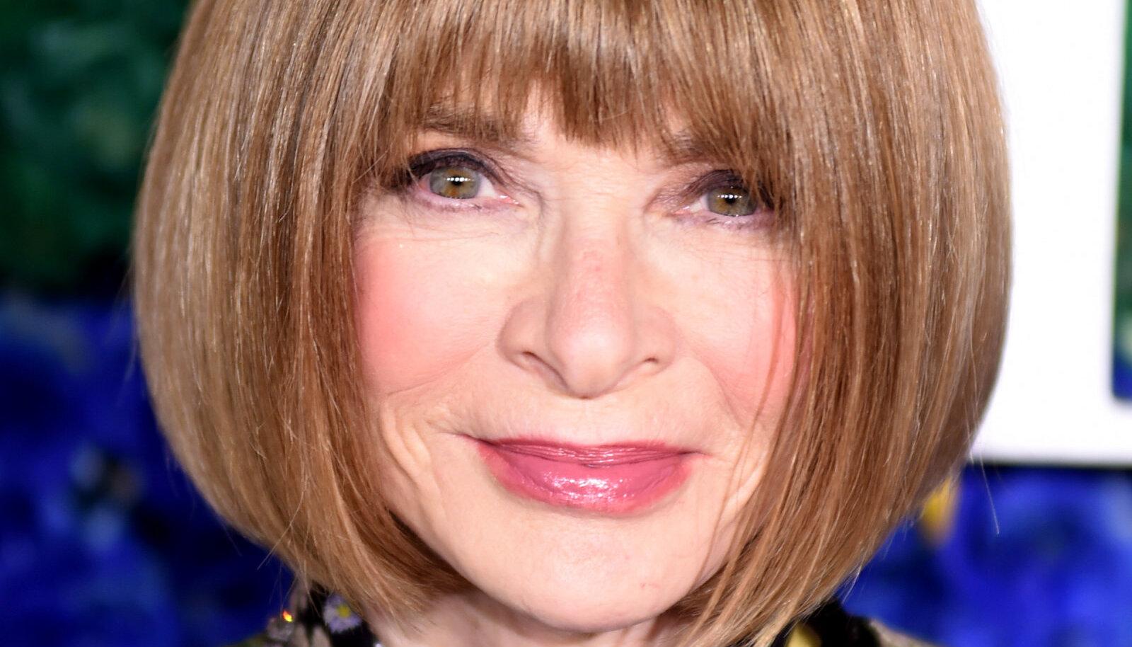 Анна Винтур занимает пост главного редактора американского Vogue с 1988 года