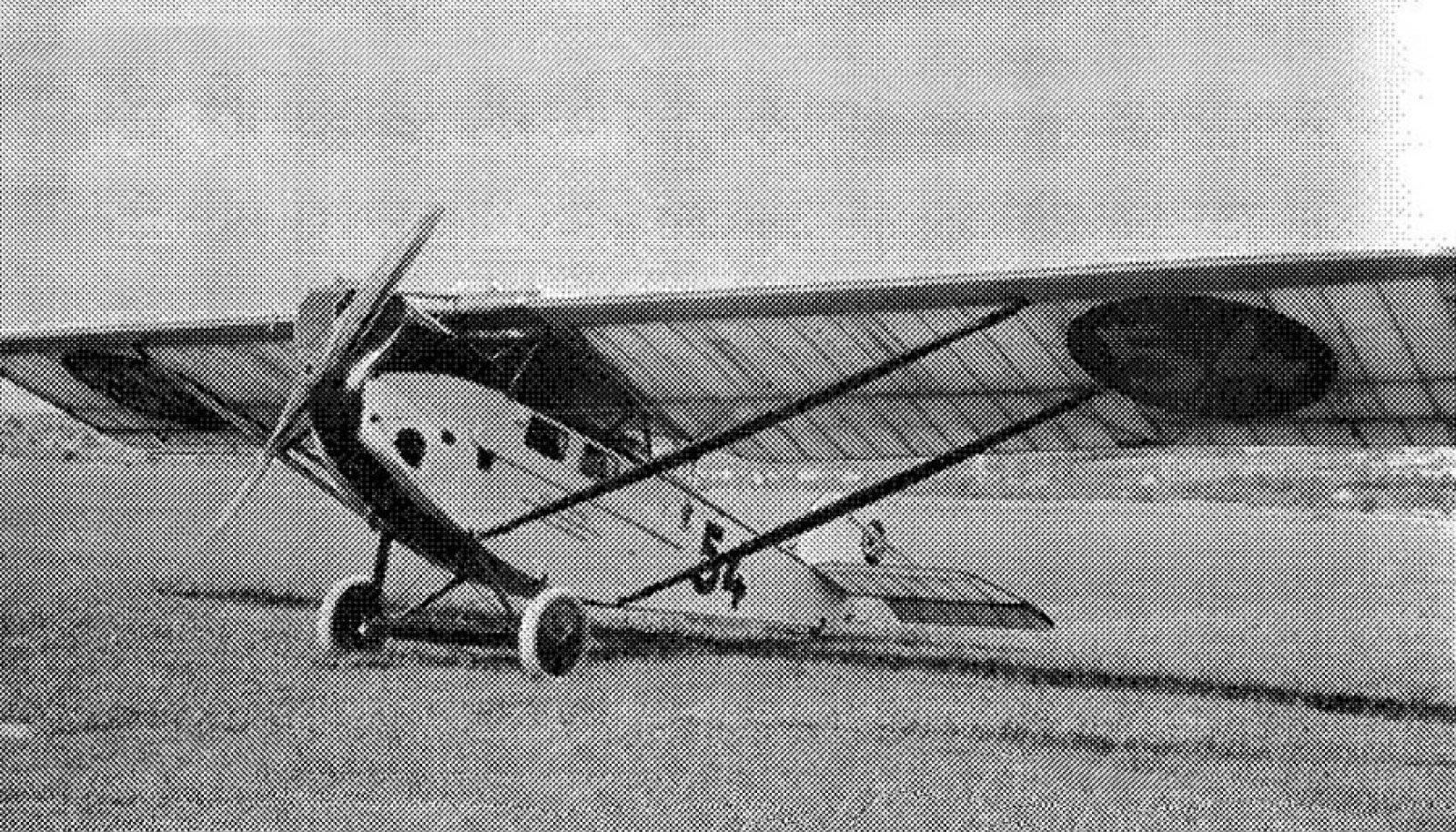 Sablatnig P III tüüpi lennukitega avati Eesti püsiv lennuühendus maailmaga, neid lennukeid hakati ehitama ka Dvigatelis.