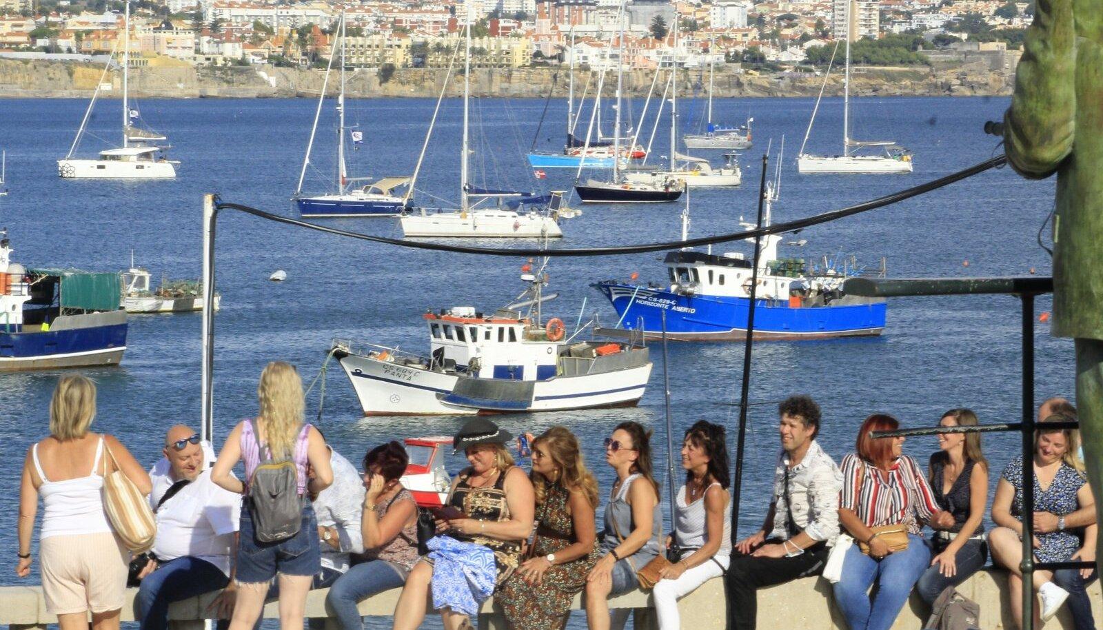 VAKTSINEERMISTŠEMPIONID: Lõbusad inimesed Portugalis.