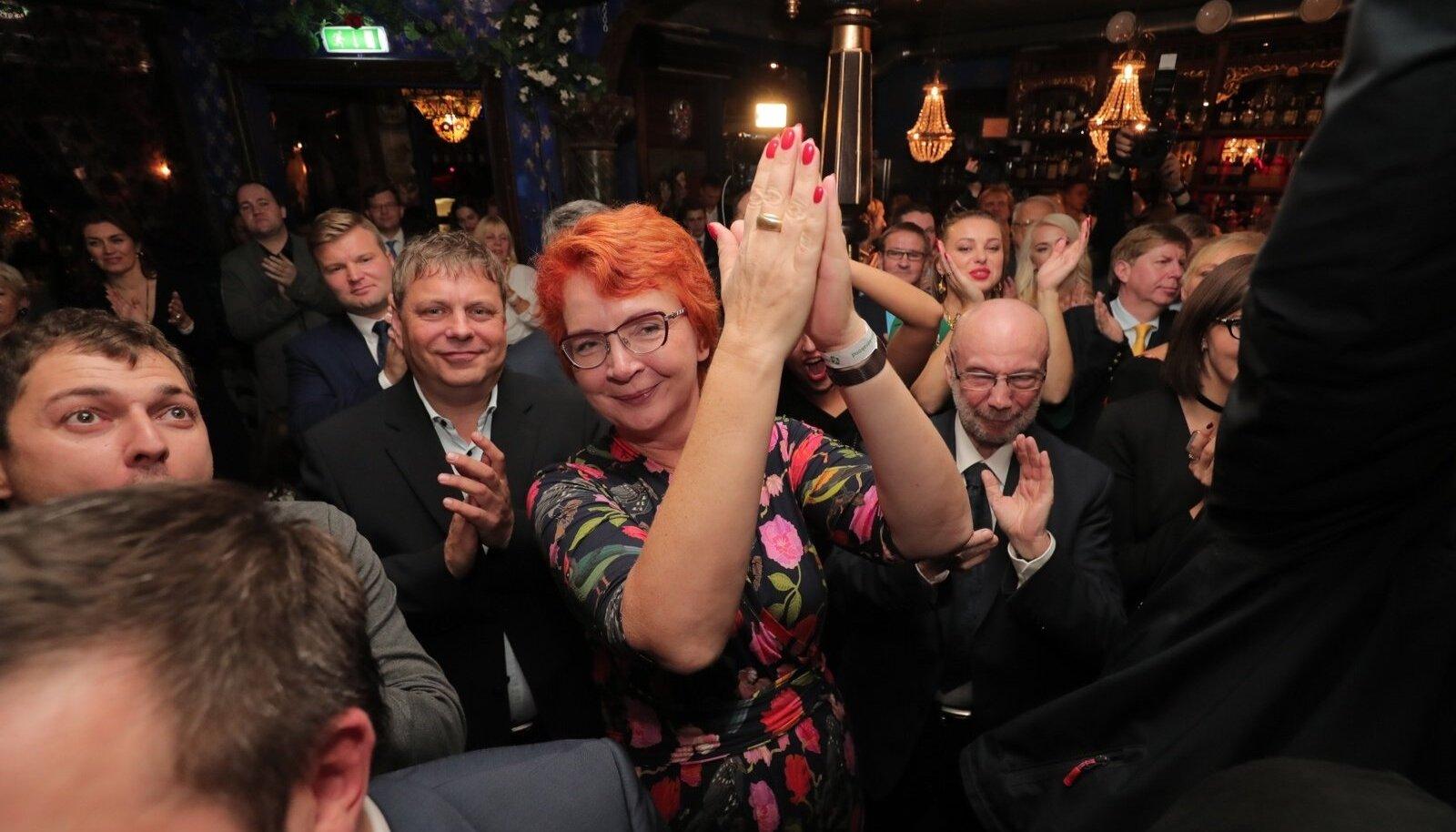 Tänavu kohalikel valimistel naispoliitikutest enim hääli kogunud Yana Toom
