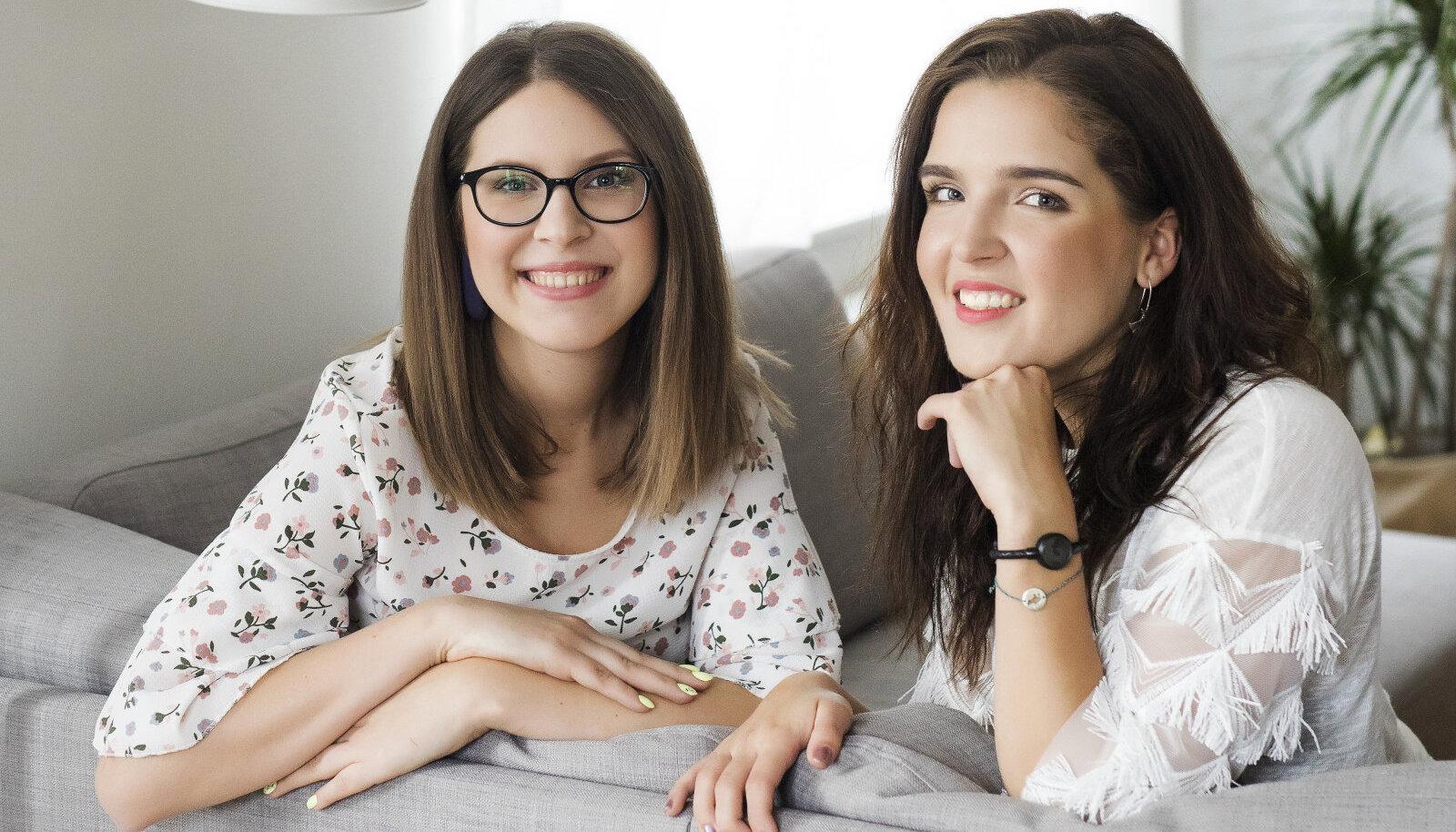 Keilit ja Britta on olnud sõbrannad keskkooli ajast saati ja neid ühendab ka sarnane kogemus HPVga. | Fotod: Krõõt Tarkmeel, erakogu  Jumestus: Kaisa Kullamaa