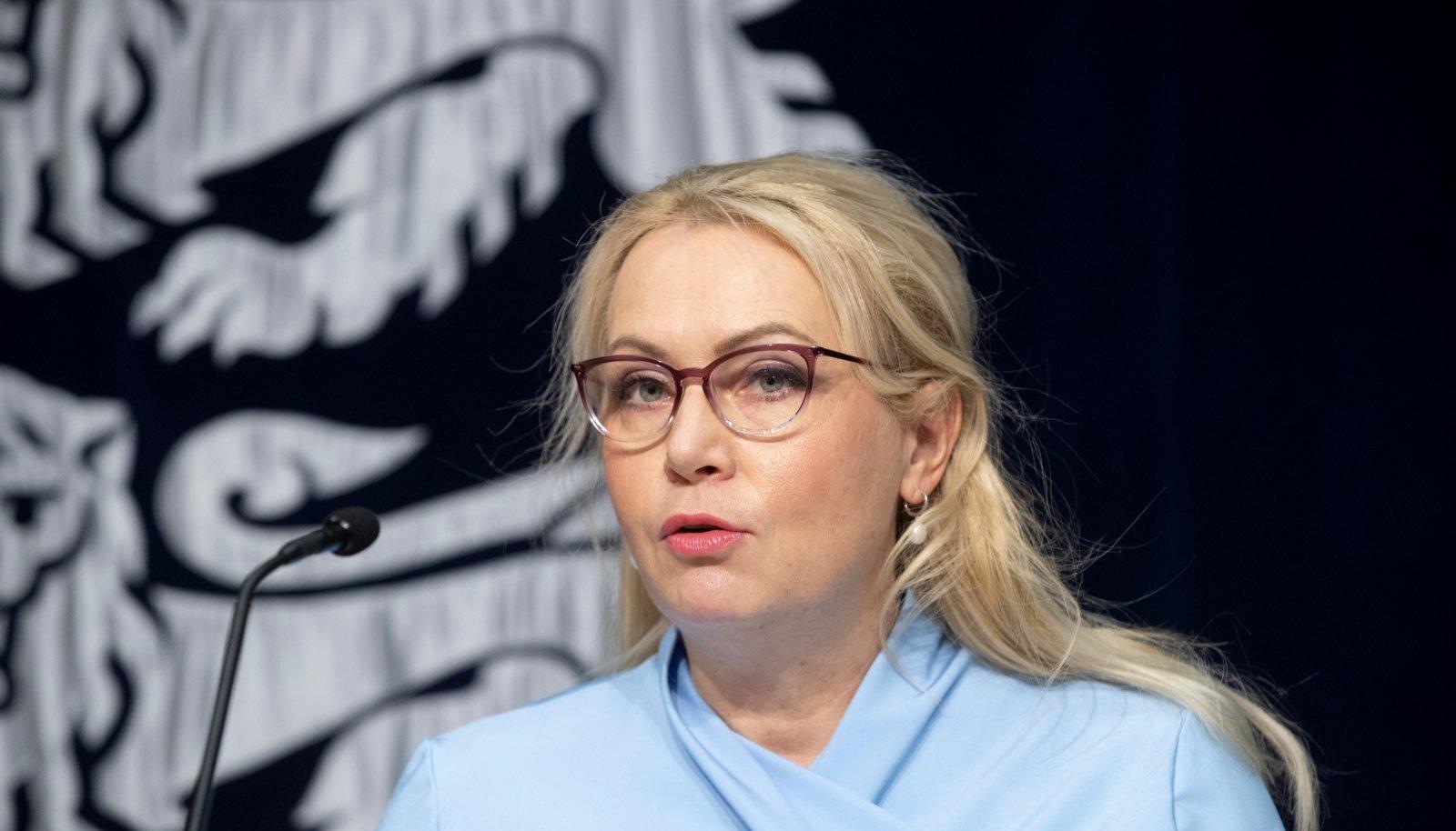 Valitsuse pressikonverents 10.12.20, Riina Solman
