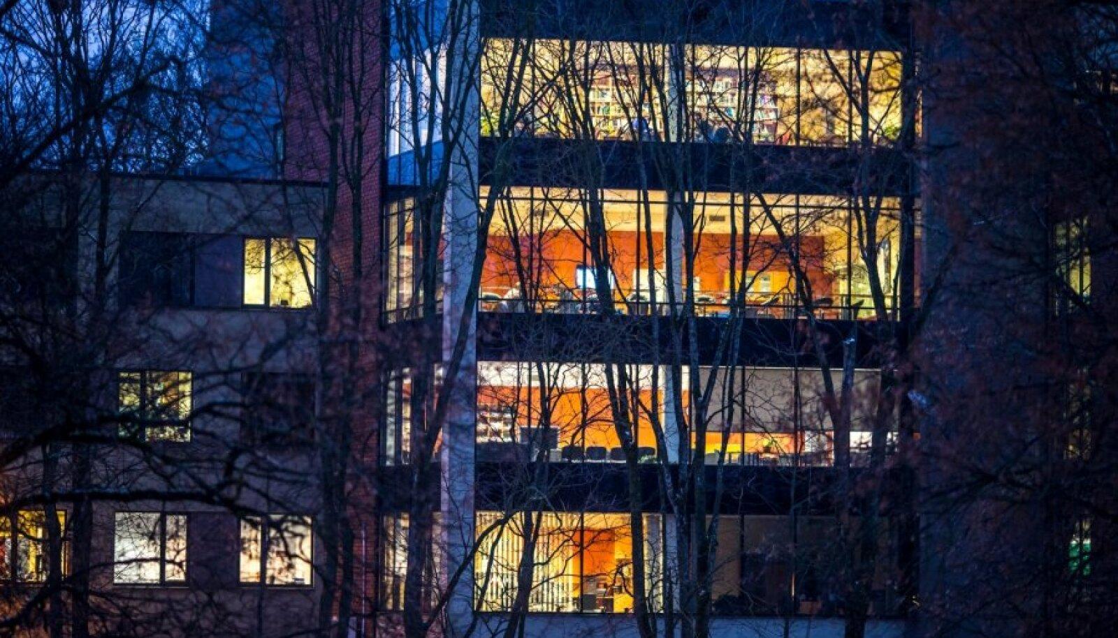 Praegune matemaatika- ja informaatikateaduskonna hoone on IT-tudengitele kitsaks jäänud.