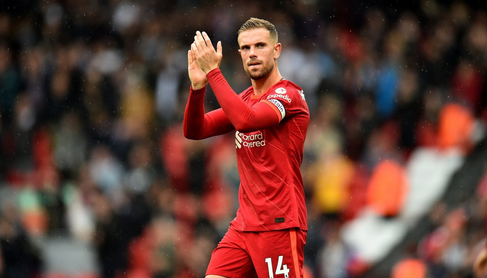 Jordan Henderson jääb Liverpooli pikemaks ajaks.